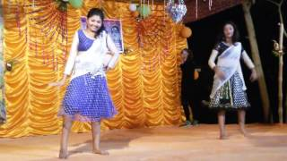 Dhakai sari pora toka lagca beautiful song with dance