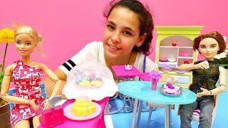 #Barbie pastane açıyor 🍰! Play Doh #hamuroyunları. Pasta ve kurabiye yapma oyunu. #Kızoyuncakları