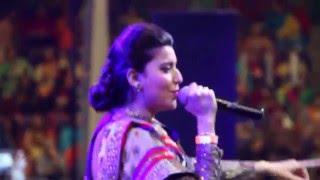 Nimrat Khaira LIVE - Teeyan Da Mela 2016 - Powerade Centre Ontario