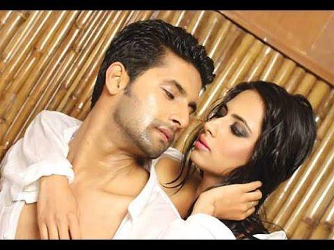 Xxx Mp4 Jamai Raja Success Party Ravi Dubey Aka Sid Kiss Wife Publicly 3gp Sex