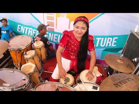 Xxx Mp4 Wahyu Kolosebo Ratu Dangdut New Kendedes Vocal Vivi Artika 3gp Sex