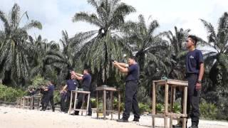 Latihan Asas Senjata Api siri2-Polis Bantuan TNB