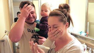 PREGNANCY TEST REACTION!