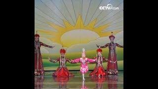 رقص بحمل سلطانيات على الرأس|CCTV Arabic