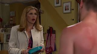 Bernice Has an Awkward Conversation With Pete and Leyla - Emmerdale
