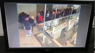 Mencekam !! Video Rekaman Detik-Detik Selasar BEI Ambruk
