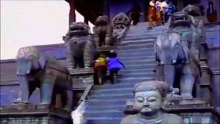 भक्तपुरको मुटु न्यातापोलो मन्दिरमा बोकाले केटी लखेते पछी तनाबको अवस्था ।। Hot Update