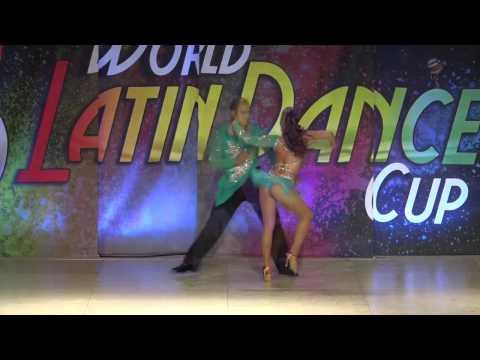 Deklan y Natalia Peru Bachata Sensual Couple Pro Champions WLDC2016