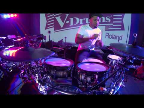 Tony Royster Jr. crazy metronome practice with the TD 30.