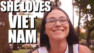 American Girl Loves Vietnam: TET 2017 Vlog #1
