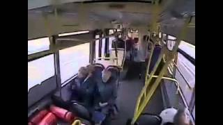 Bus kackt ab