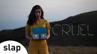 Nina Fernandes - Cruel [Clipe Oficial]