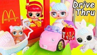 LOL Surprise Dolls Custom Lil Sisters visit McDonalds Drive Thru in Barbie Car - Toy Wave 2 Video