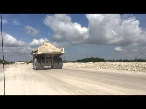 WRQ 785 haul truck