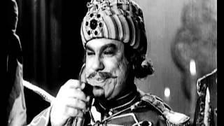 مشهد من فيلم انتاج 1948 - أغنية ليالي الأنس من فيلم أميرة الجزيرة