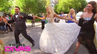 Naomi, Natalya and Jimmy Uso party Bulgarian-style: Total Divas Bonus Clip, April 26, 2017