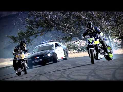 Μηχα� η vs Aμαξι Drift Battle 2