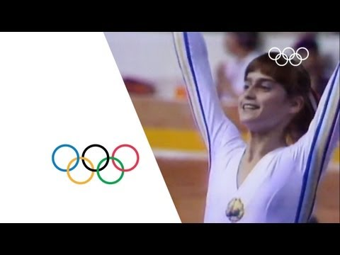 Nadia Comaneci First Perfect 10 Montreal 1976 Olympics