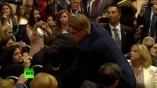 Protester booted moments before Putin & Trump presser