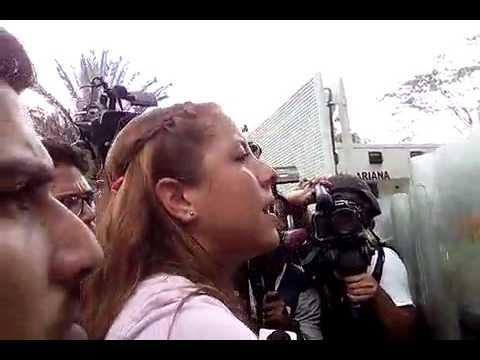 Rafaela Requesens a piquete PNB en la UCV: