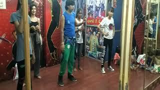 Pallo latke choreography bablu sir