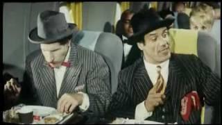 Franco e Ciccio in aereo