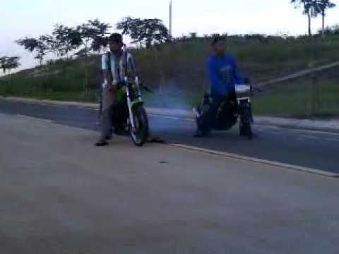 RXz Vs RXk auto tech Road to drag bandung
