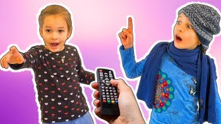 Amelia, Avelina and Akim compilation Tuesday with a magical remote control adventure