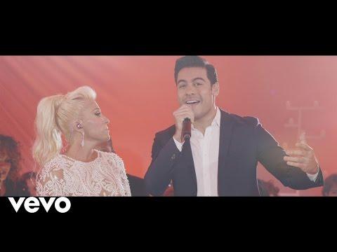 Yuri Ya No Vives en Mí Primera Fila En Vivo ft. Carlos Rivera