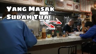 TEMPATNYA TERPENCIL - TAPI MASAKAN KAKEK INI LUAR BIASA ENAK !! KYOTO JAPAN STREET FOOD