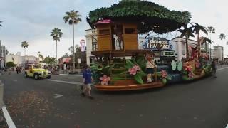 Universal Orlando Superstar Parade 360° 2018 - Spongebob, Dora