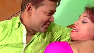 गरम बा सामान देहिया पाल खोजता हो - Dhodhi Me Thelat Rahi - Bhojpuri Hot Songs 2016 new