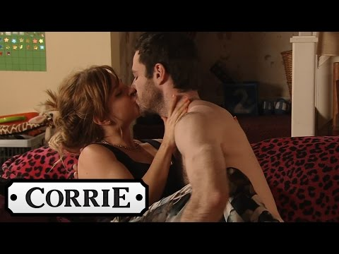 Coronation Street - David Nearly Catches Callum & Sarah