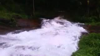 Oraykampara water fall. b/w Chunkappara-Kottangal road