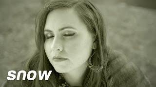"""Mary Morris - """"Snow"""" an Adele"""