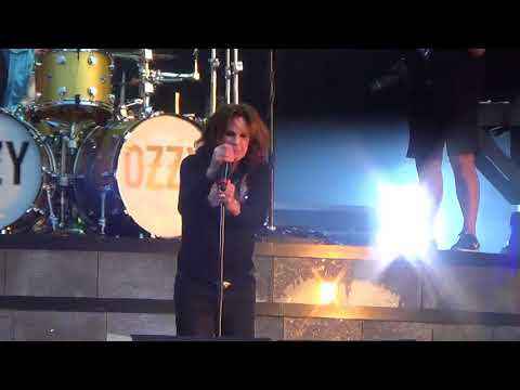 Ozzy Osbourne -Bark At The Moon live at Download Festival 2018