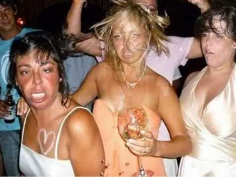 CRAZY DRUNK PICTURES TAKEN AT JUST THE RIGHT MOMENT