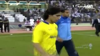 النصر يجتاح الهلال بهدفين في نهائي كأس ولي العهد