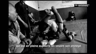 no comment madagascar Grand Angle - Free Fight - NC 83