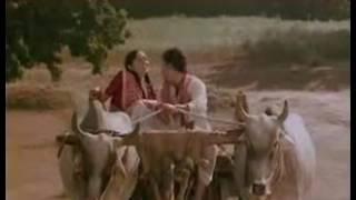 KAUN DISHA ME LEKE CHALA LE-NADIYA KE PAAR (1982)