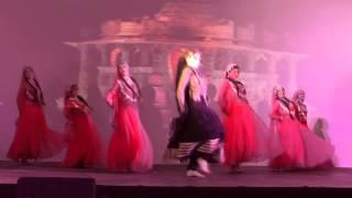 Leena Goel-Amrapali-Russia-Meri galiyon se (Dharmatma 1975)