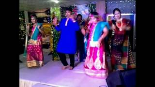 Dhakai Sari - Holud Dance Performance