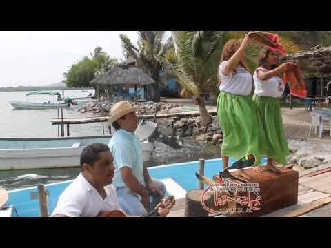 SONES DE ARTESA con el Gpo Chambalé en Chacahua Oaxaca