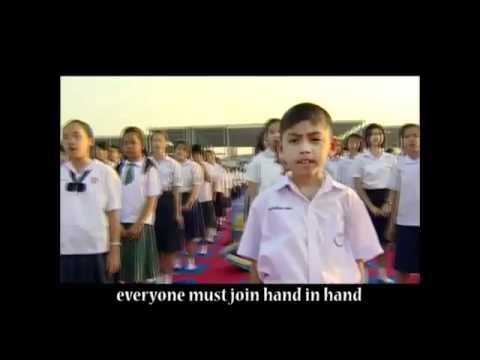 Tailandia Un millon de niños cantan Change The World