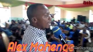 Mtumishii wa Mungu mwimbaji na muubirii Alex Mahenge akifundishi neno la Mungu. Tazama ubarikiwe