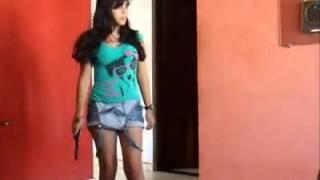 VAZA VÍDEO ANTIGO DA CANTORA MC ANITTA!
