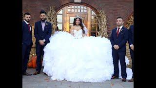 أسوء 10 فساتين زفاف في العالم