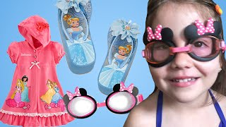 Disney Minnie Mouse Bow-tique Swim Goggles Review and Disney Princess Swim Cover-Up for Girls