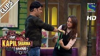 Sonakshi ties Rakhi on Kapil's wrist -The Kapil Sharma Show-Episode 38 -28th August 2016