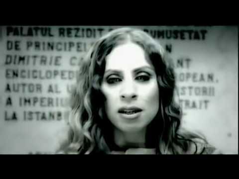 Zeynep Casalini - Duvar (Official Video)